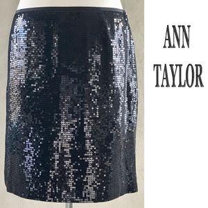 ANN TAYLOR Clear Sequins Black Crepe Evening Skirt